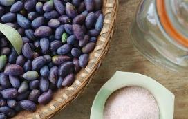 preserving olives